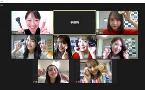 栃木ゴールデンブレーブスのオフィシャルチアチーム『GOLD LUSH』へオンラインメイクレッスン